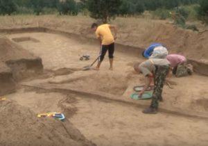 Розкопки поселення на межі Яворівського та Мостиського районів