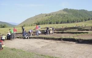 Розкопки в гірській місцевості