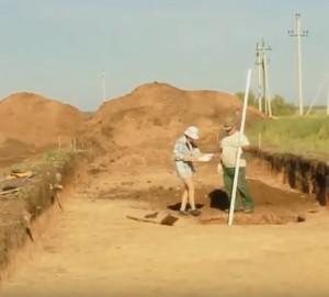 Вимірювальні роботи в археологічному розкопі