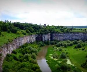 Каньйон ріки Смотрич у Кам'янці-Подільському