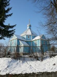Храм святої Параскеви 1730 року у селі Ридомль