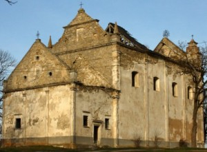 Замковий костел у Личківцях