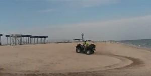 Квадроцикл на геніченському пляжі