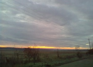 Схід сонця над Дністром - такі пейзажі зустрічали кожен день племена комарівської культури