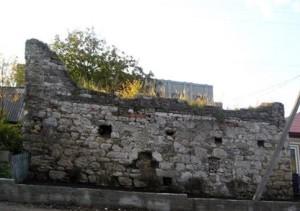 Залишки замку в Озерянах