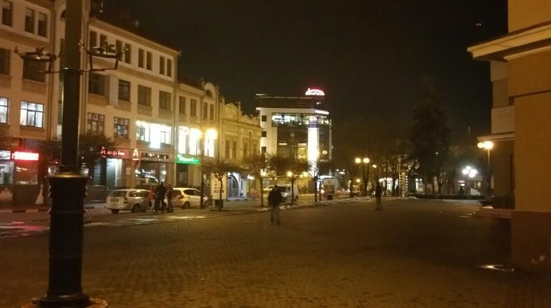 Площа Ринок біля Ратуші