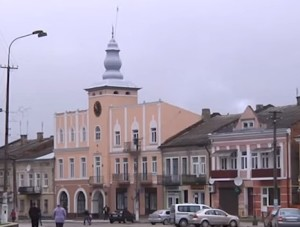 Площа Ринок та підгаєцька ратуша