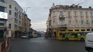 Прямо - вже вулиця Новгородська