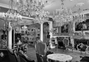 Стара фотографія інтер'єру палацу