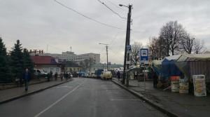 Вулиця Шпитальна - обласна адміністрація і базар Пятачок