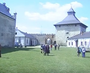 Брама Меджибізького замку