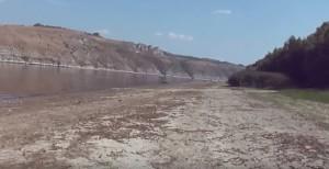 Дністер у Макарівці Чернівецької області