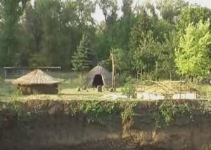 Археологічна реконструкція стародавнього поселення