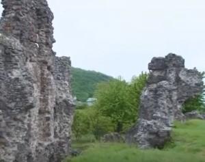 Мури виноградівського замку