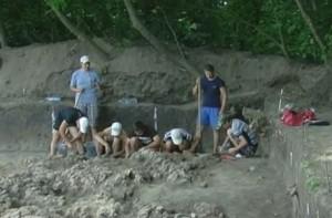 Розкопки трипільського житла