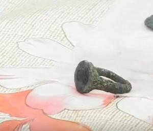 Стародавній бронзовий перстень
