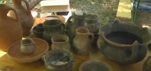 Старовинний посуд з розкопок