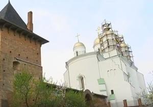Монастирський храм у Зимному