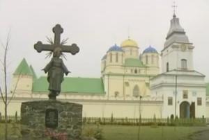 Свято-Троїцький монастир у селі Межиріч