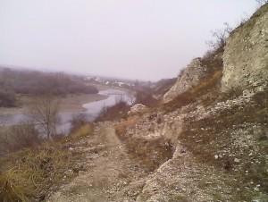 Алебастрові скелі у Вовчинцях