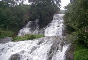 Червоноградський водоспад біля Городенки