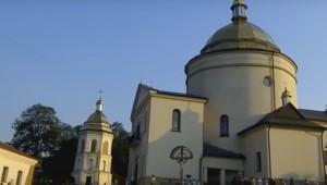 Храм у гошівському монастирі з чудотворною іконою