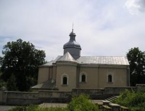 Оборонна Онуфріївська церква у Гусятині