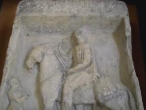 Погребальная стелла древнегреческого воина