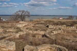 Руины античной Тиры