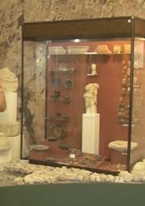 Античные экспонаты в музее