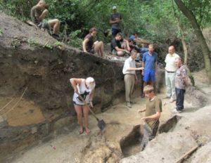 Археологічні розкопки городища