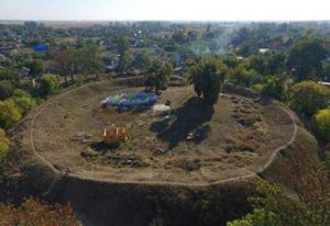 Городище у селі Світильне знищується забудовою