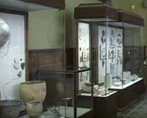 В археологічному музеї