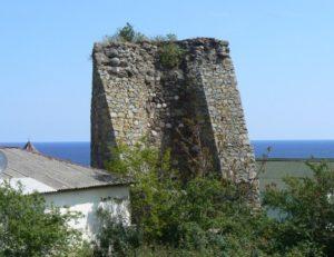 Башня в Алуште