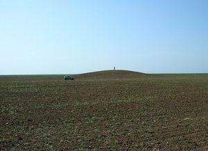 Распаханный курган в Крыму