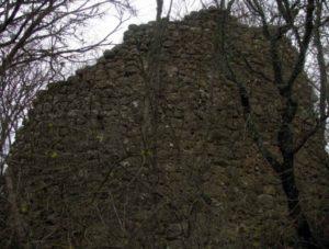 Стена крепости Керменчик