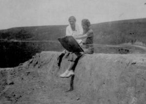 Радянська археологічна експедиція у Вінницькій області