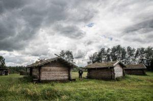 Реконструкція давньоруського села