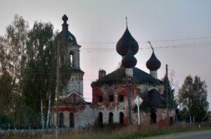 Церковь в селе Мыт