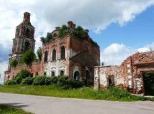 Церковь Живоначальной Троицы в селе Некоуз