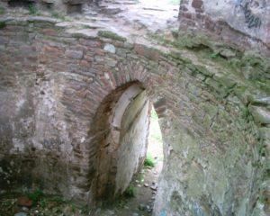 Вхід у башту