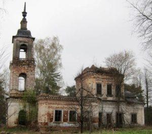 Космодемьянская церковь в селе Козьмодемьянское