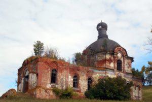 Церковь Петра и Павла в селе Крынды