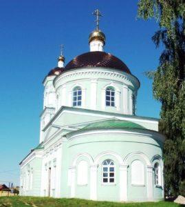 Церковь Троицы Живоначальной в селе Цыпья