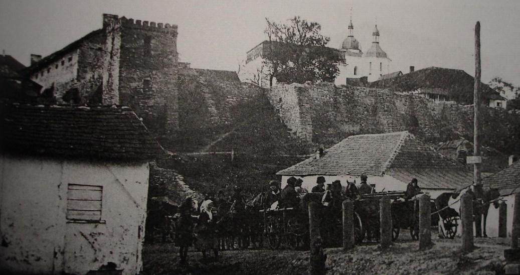 Замкова стіна