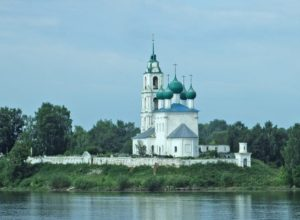Храм Смоленской Иконы Божией Матери в селе Диево-Городище